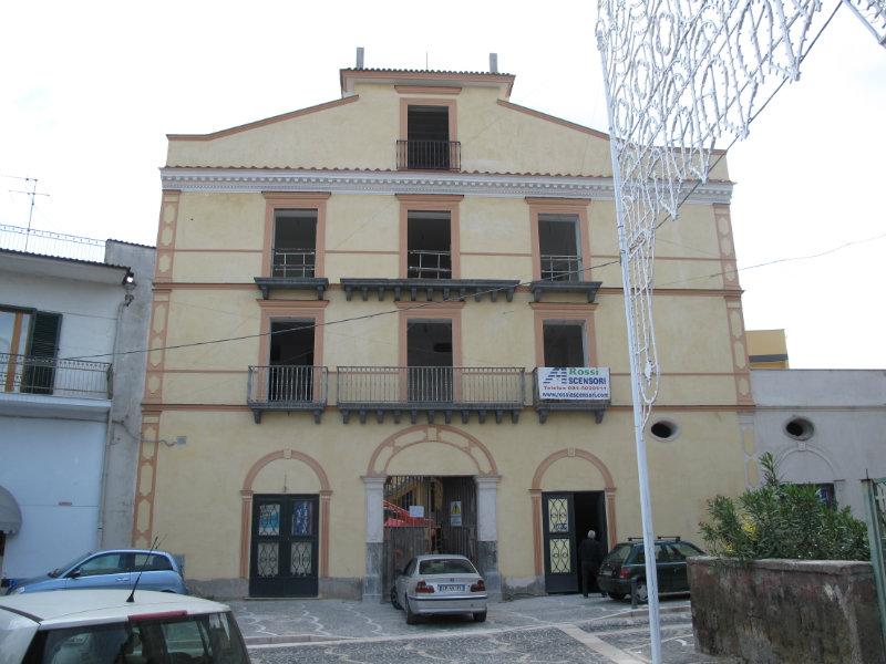 Attico / Mansarda in vendita a Frattaminore, 3 locali, Trattative riservate   CambioCasa.it
