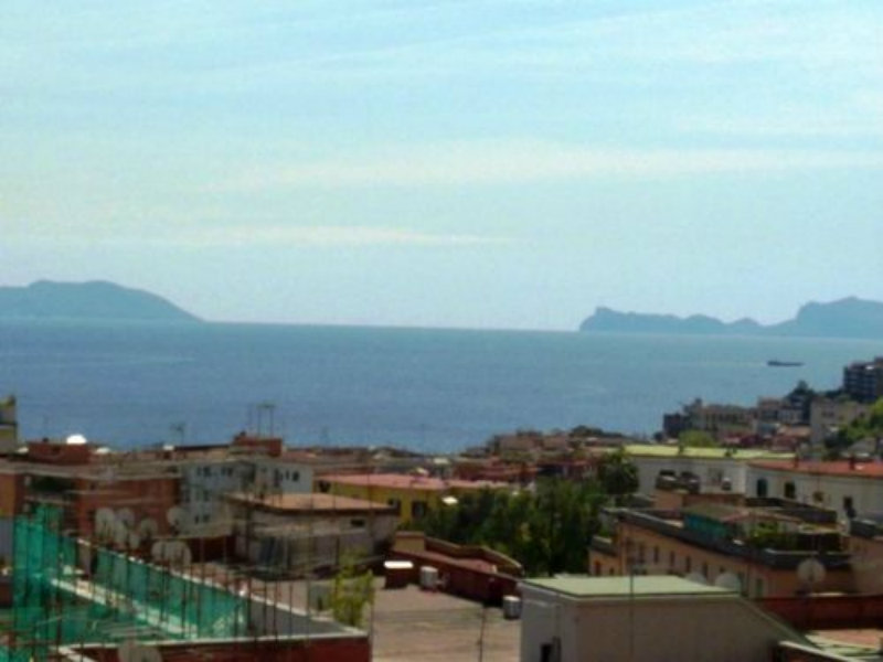 Attico / Mansarda in vendita a Napoli, 7 locali, prezzo € 1.300.000 | Cambio Casa.it
