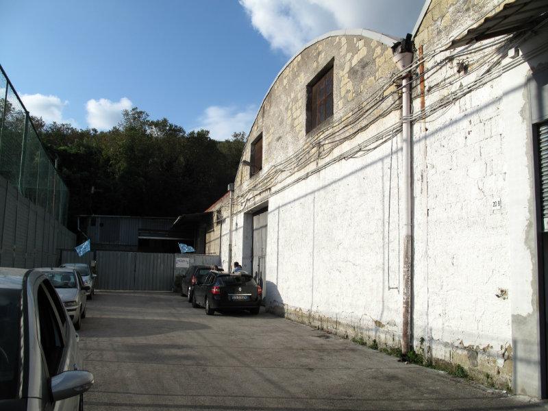 Magazzino in vendita a Napoli, 1 locali, Trattative riservate | CambioCasa.it